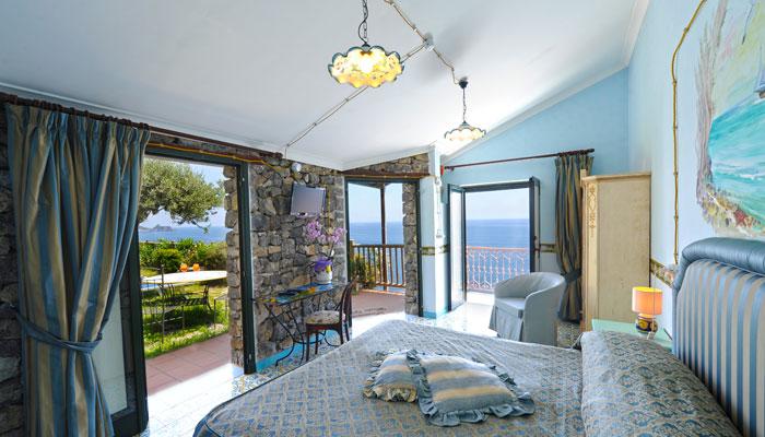Elegante albergo costiera amalfitana camere albergo praiano for Soggiorno costiera amalfitana